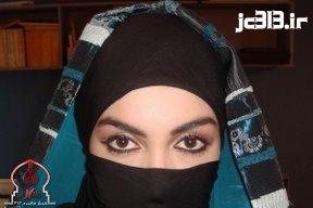 سارا بوکر، هنر پیشه، مدل و مانکن تازه مسلمان آمریکایی،